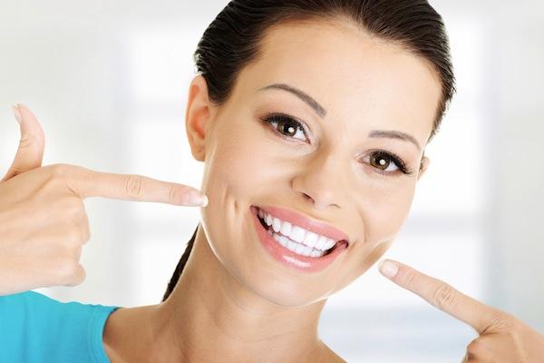 どれくらいかかるの?結婚式までに歯を徹底ホワイトニング (Unicode エンコードの競合)