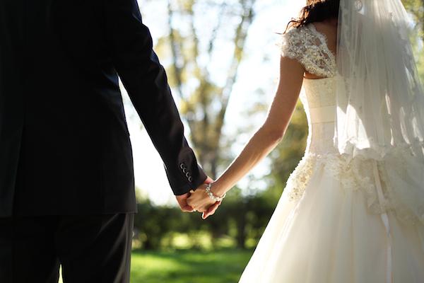 知っておかないとあとあと大変!結婚資金はいくらくらいかかる?