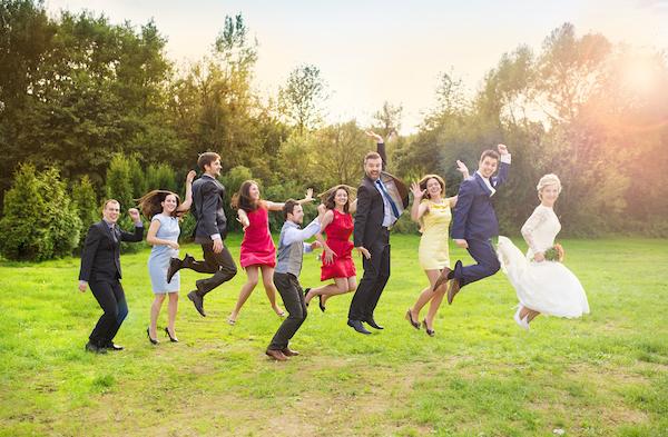 花婿の友人に依頼!グルームズマンで結婚式を盛り上げてもらおう (Unicode エンコードの競合)