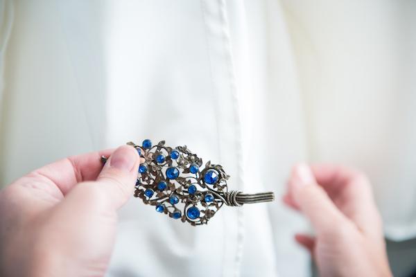 花嫁はみんな身に付けている!「サムシングフォー」で素敵な結婚式に (Unicode エンコードの競合)