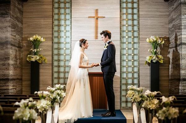 【魅惑のチャペル3選】東京で思い出に残る少人数家族婚を