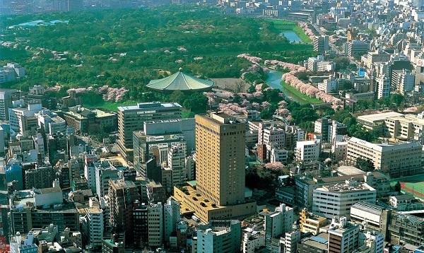 東京駅から車で10分!皇居を望むホテルグランドパレスで家族婚を