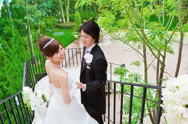セントアクアチャペル赤坂の自然溢れる家族婚で東京の喧噪を忘れて