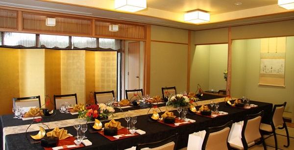 横浜でゆったりと過ごす、家族とのお食事会結婚式おすすめ3選