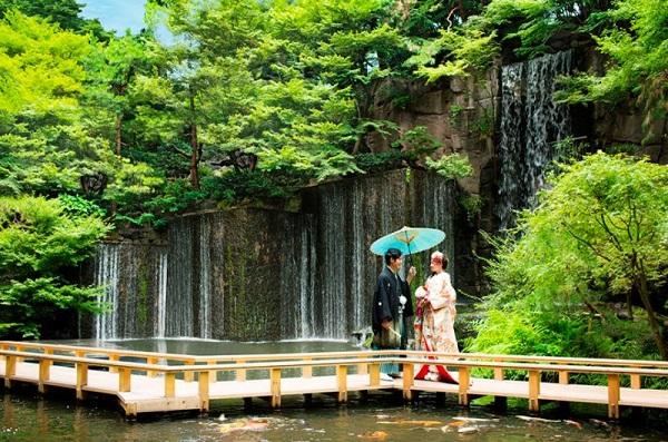 家族挙式イチオシ!東京で美しい風景が楽しめるチャペル3選