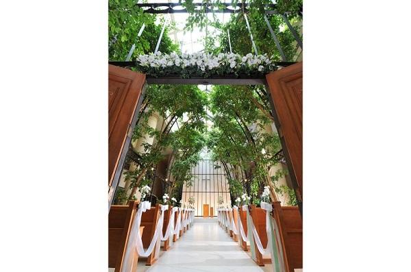 新浦安駅直結!緑に包まれるオリエンタルホテル 東京ベイの家族婚