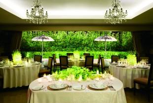 優しい光に包まれるお食事会結婚式!「大宮璃宮 キャトルセゾン」