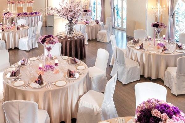 仙台国際ホテルの水と光のチャペルで挙げる家族挙式