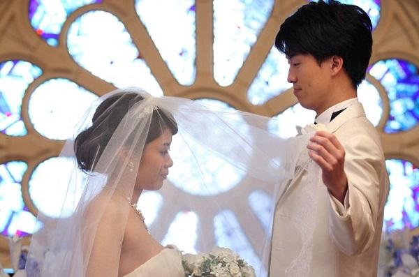 【関東2選】ステンドグラスが素敵なチャペルで家族挙式!Part1