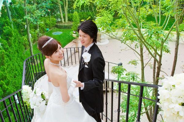 赤坂にある純白のチャペル!セントアクアチャペル赤坂で家族婚
