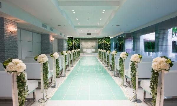 水と光に包まれてたウェディングが叶う「仙台国際ホテル」