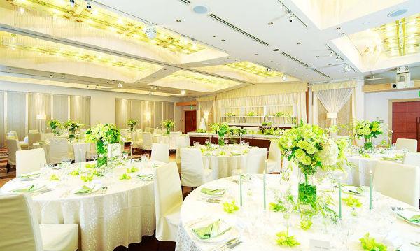 【福岡市中央区】ホテルで会費制結婚式が叶う!福岡市中央区の会場3選