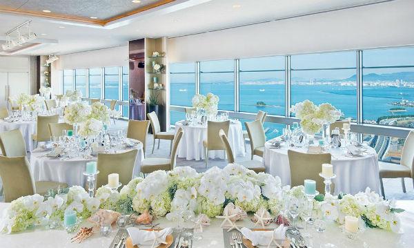 福岡市中央区のホテルで、豪華な会費制結婚式を!