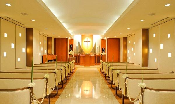 「横浜ベイシェラトン ホテル&タワーズ」のチャペルで挙げる家族婚