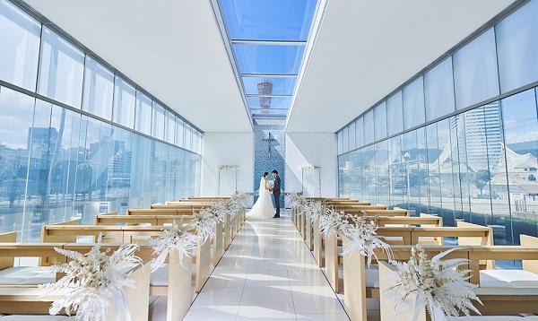家族挙式を叶える! 2つのチャペルを持つ「神戸メリケンパークオリエンタルホテル」