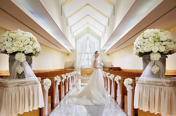 奈良駅直結! 純白に輝く独立型チャペルで少人数の家族婚「ホテル日航奈良」