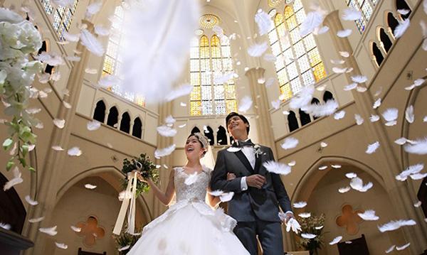 福岡でワンランク上の結婚式が叶う!家族挙式厳選チャペル3選
