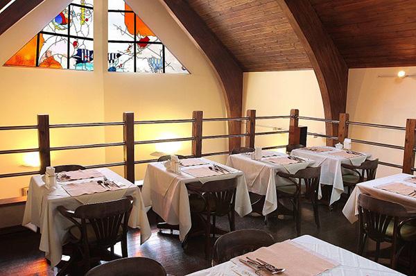 隠れ家風の一軒家「レストラン パリンカ」でアットホームな家族婚!