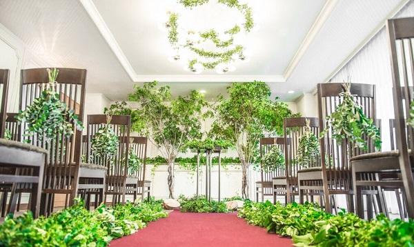 名古屋駅直結! アクセス抜群の式場で少人数の家族婚「G-terrace NAGOYA」