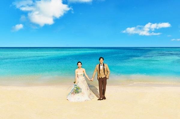 「セントアクアチャペル沖縄」特集!家族婚もフォトウェディングも!
