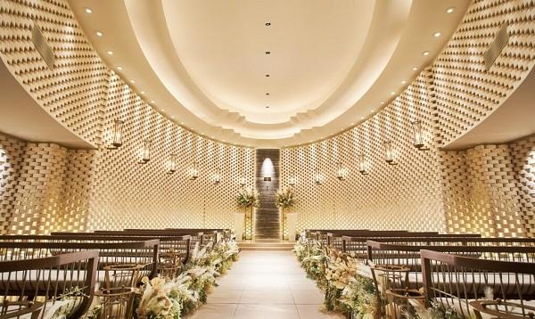 フォトウェディングならホテルインターコンチネンタル東京ベイのチャペルで!