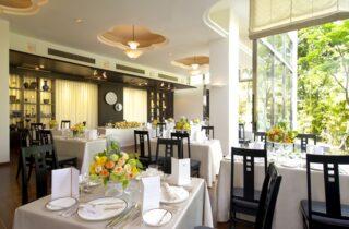 レストラン フォン・ド・クール(萃香園ホテル)